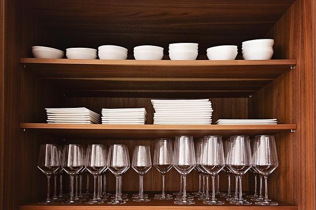 kuchyňské nádobí a doplňky